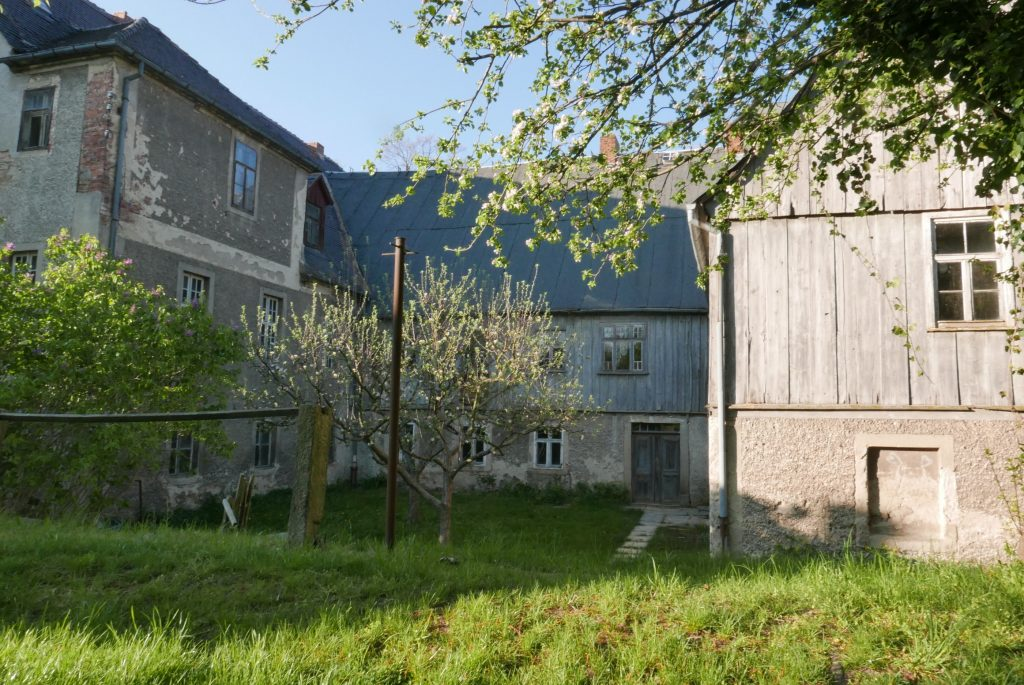 Blick in den Garten der Schwesternhäuser. 2019 (R. Malink).