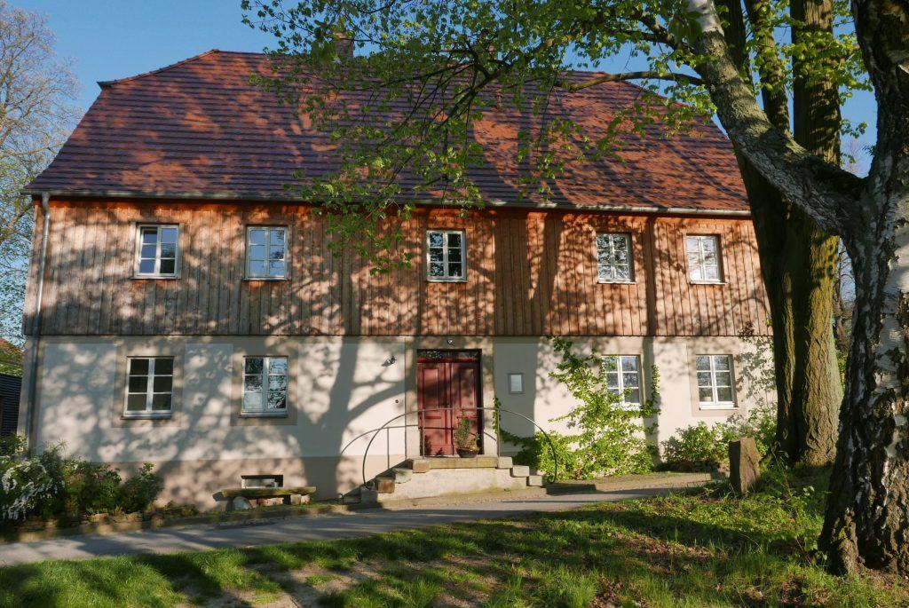 Das Kleinwelkaer Diasporahaus wurde 1778 errichtet. Hier fanden die besuchenden Geschwister aus der Ober- und Niederlausitz Unterkunft. 2019 (R. Malink).